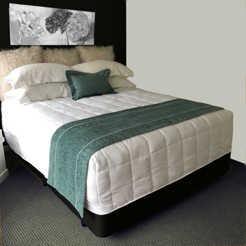 Picture of Chapeau Regal 50cm Bed Runner - Atlantis