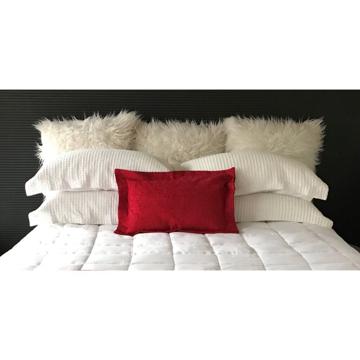 Picture of Chapeau Scatter Cushion - Pohutukawa