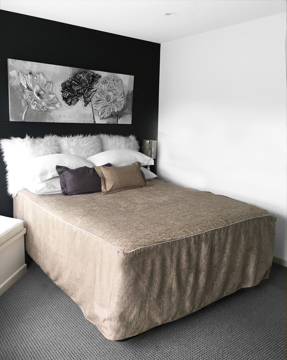 Picture of Chapeau Piped Bed Cover - Truffle
